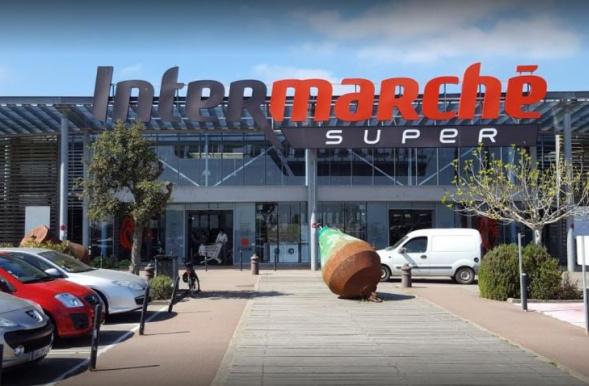The Intermarché shopping centre in Noirmoutier | Smile